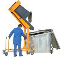Hulladék tartály üritő szerkezet kukaborító - kézipumpával 120 és 240 literes hulladékgyűjtő edényhez
