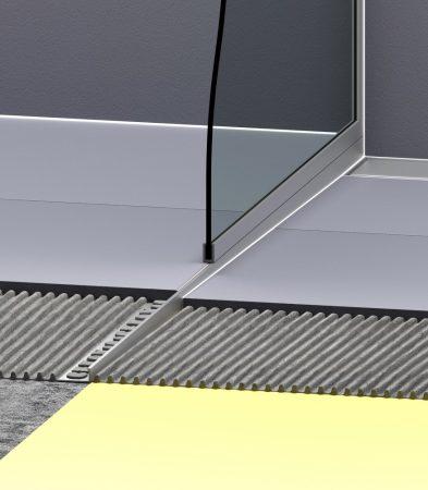 Épített zuhanykabin oldalszegély ferde ék alakú polírozott profil 2% lejtés bal oldalra