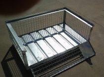 Alacsony gitterbox Rácsos tároló konténer lehajtható oldalfal horganyzott