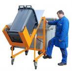 Hulladék tartály üritő szerkezet kukaborító - lábpumpával 120 és 240 literes hulladékgyűjtő edényhez