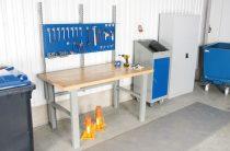 Műhelyasztal ipari kivitel 1600 mm 500 kg teherbírás állítható magasság 740-1100 mm 5 cm olajjal kez