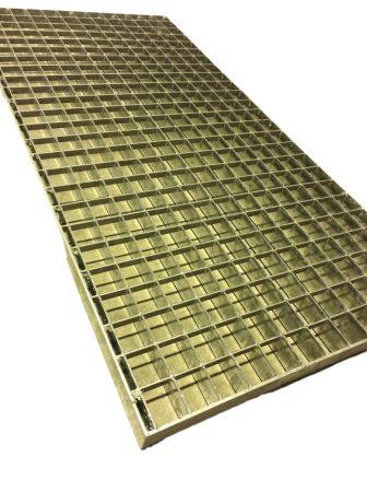 Horganyzott járórács fém rostélyrács 800x430x30 mm  lépcsőrács tüzihorganyzott teherbíró