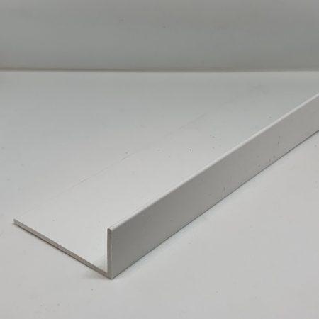 Műanyag sarokléc L profil fehér sarokprofil 20x7x3000 mm