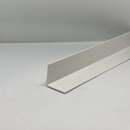 Műanyag sarokléc fehér sarokprofil 24x24x2500 mm