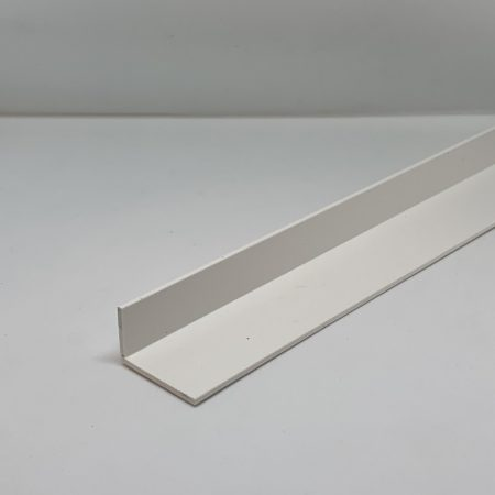 Műanyag sarokléc L profil fehér sarokprofil 30x11x2500 mm