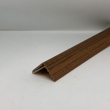 Műanyag sarokléc mahagóni színű famintás sarokprofil 22x22x2000 mm