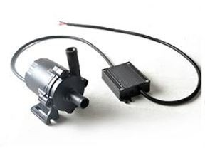 12V 54W 1260 l/h Keringető szivattyú nagyteljesítményű vízszivattyú pumpa IP68-vízmentes 2x14mm