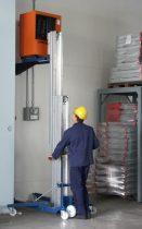 Kézi magasemelő 300 kg teherbírással 7200 mm emeléssel csörlős teheremelő szereléshez